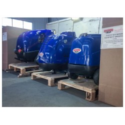 浙江200公斤蒸汽清洗机去污除脂进口高压热水清洗???